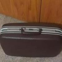 Samsonite Suitcase for sale in Stanwood IA by Garage Sale Showcase member da.hughes1954@gmail.com, posted 07/06/2018
