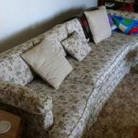 Nice Couch for sale in Findlay OH by Garage Sale Showcase member Somf27, posted 03/01/2018