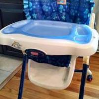 Baby highchair for sale in Harrisburg PA by Garage Sale Showcase member Pas620, posted 04/09/2018