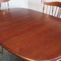 Dining room table for sale in Salamanca NY by Garage Sale Showcase member sassy, posted 08/22/2018