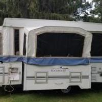 2003 Rockwood 2518G Popup for sale in Muskegon MI by Garage Sale Showcase member apkang, posted 07/28/2018