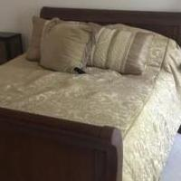 Bedroom set for sale in Buffalo Grove IL by Garage Sale Showcase member probbq@sbcglobal.net, posted 07/20/2018