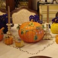 Pumpkin Soup Tureen and Tea pot set for sale in Newport NC by Garage Sale Showcase member Nantiques, posted 05/22/2018